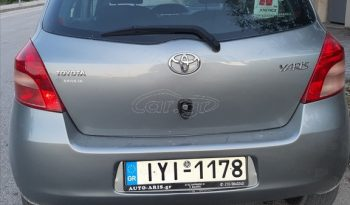 Toyota Yaris '07 full